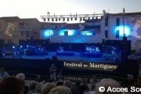 Décoration de la scène principale du festival de Martigues