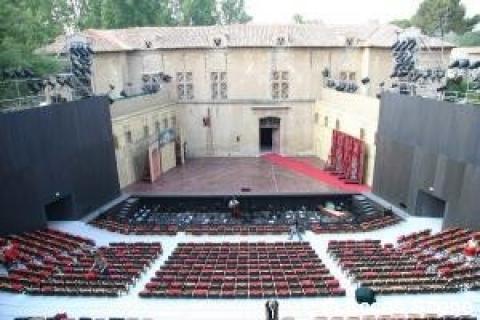 Structure scénique festival d'art lyrique Aix en Provence